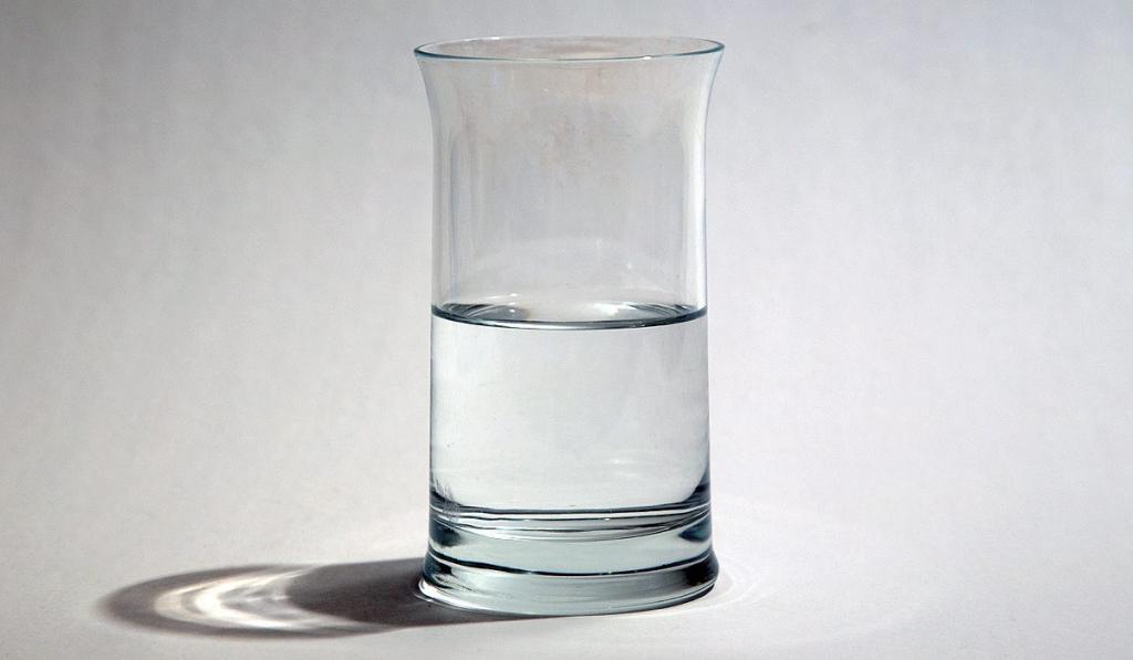 Таблица мер и веса продуктов: Сколько грамм муки в стакане